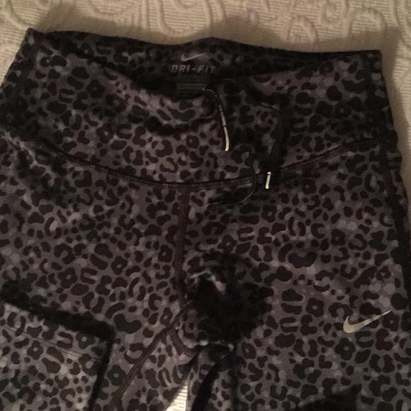 Nike Pants - Nike Dr-Fit leopard leggings
